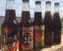 Gene Simmons Cola/Root Beer & KISS Cola/Kola Set – MoneyBag/Rocket Fizz