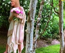 Carly Simon Breaks Hip in Fall – 2018 – CONSENSES @ MASS MoCA