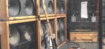 """Eddie Van Halen 1978 Touring Rig and """"Frankenstein"""" Guitar @ Metropolitan Museum of Art's """"Play It Loud"""" Exhibit"""