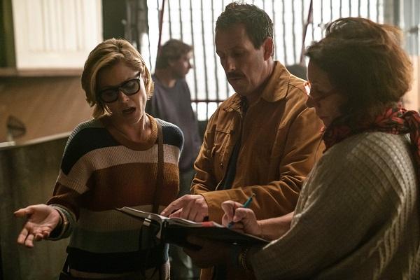 Adam Sandler Making A Movie W Julie Bowen Hubie Halloween On Netflix Full In Bloom