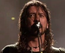 Foo Fighters 'Live at Wembley 2008' – Stream on YouTube