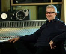 Famed David Bowie Producer Tony Visconti Slams British Airways