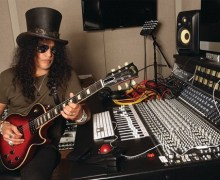 "Slash Says Guns N' Roses Will ""Start Moving Toward Getting A Record Done"" 2020 Guitar Player Interview"