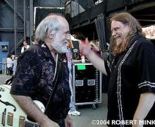 Warren Haynes Pays Tribute to Robert Hunter