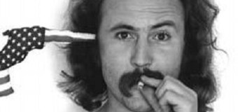 "David Crosby: ""Not Dead,"" ""Stoned"" & ""Playing A Fine Guitar In A Weird Tuning"" -> ""I'm Home"""