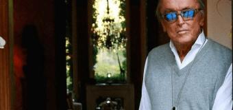 "Slash Pays Tribute to Robert Evans: ""RIP My Great & Dear Friend"""