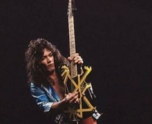 "Ace Frehley Pays Tribute to Eddie Van Halen: ""A Great and Innovative Guitarist"""