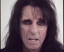 "Alice Cooper: Free Download of NEW SONG ""Social Debris"" – Limited Time – 2021"