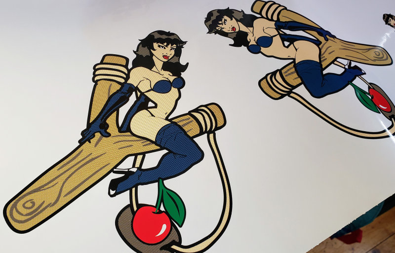 Slingshot custom sexy lady decal