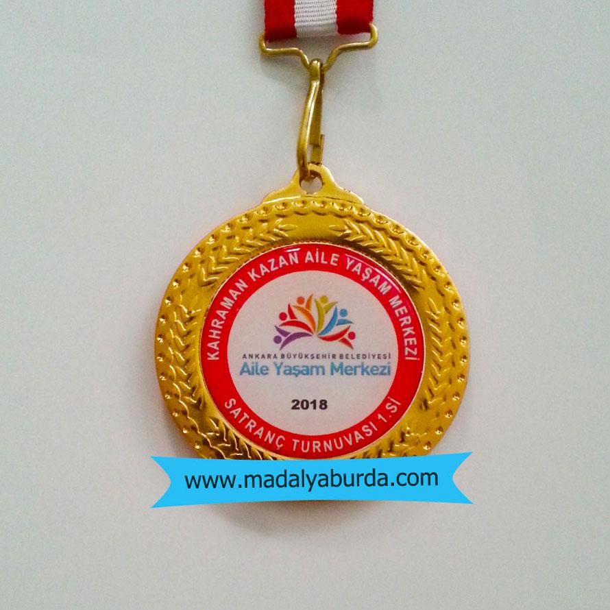 logolu-altın-madalya