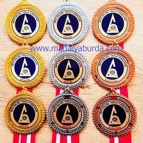 tavla-turnuva-madalyası