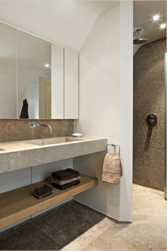 salle de bain beige et blanc beaucoup d