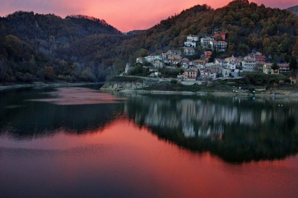 Sunset in Rieti, Italy. Public domain photo.