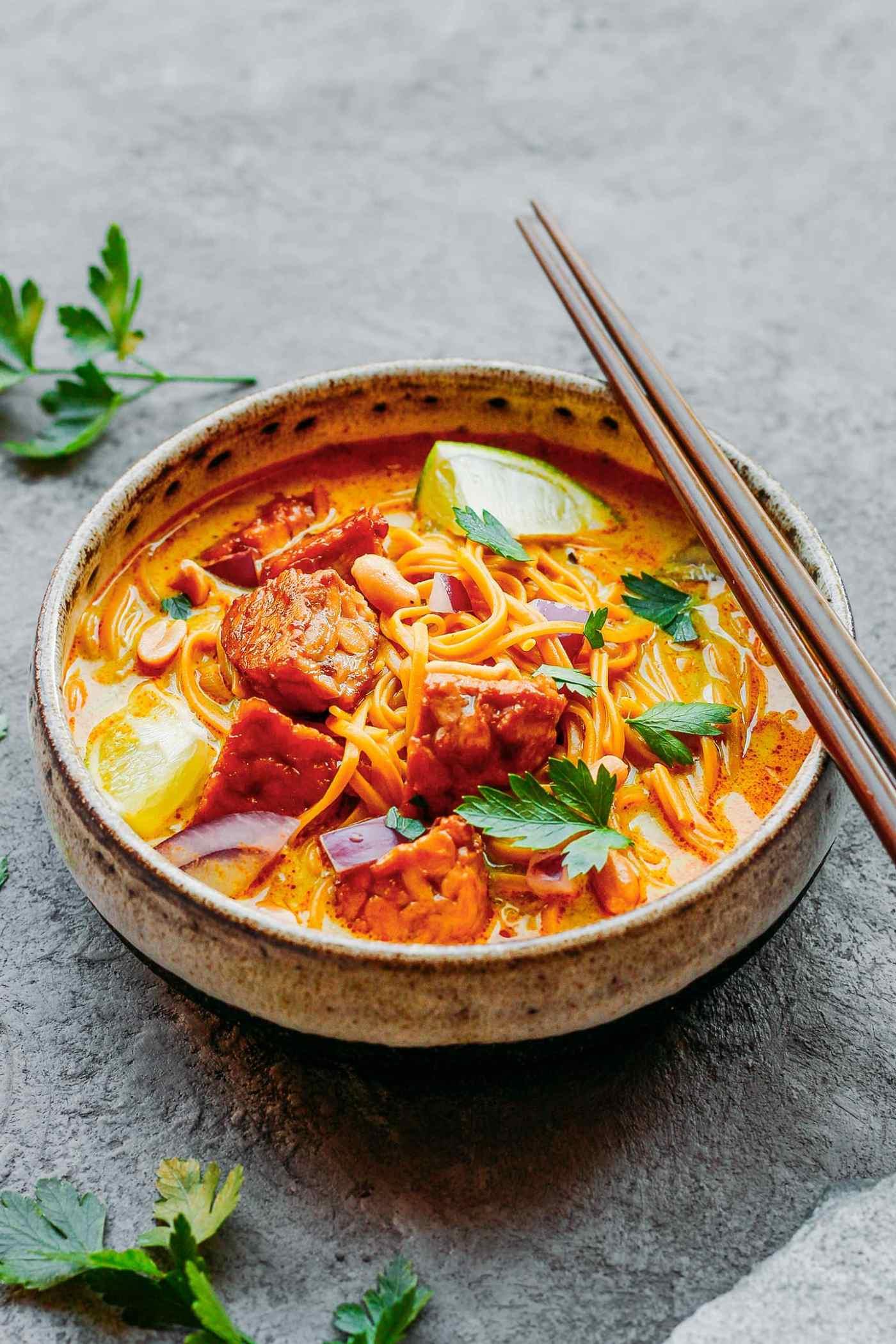 Tempeh Khao Soi - Coconut Noodles Soup