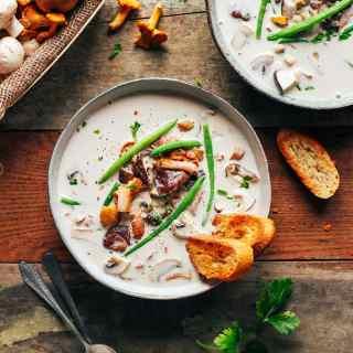 20-Minute Cheesy Mushroom Coconut Soup