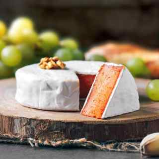 Vegan Sun-Dried Tomato Camembert