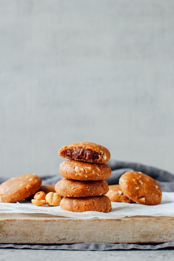 No-Bake Chocolate Hazelnut Butter Cookies (aka Nutella Bombs!)