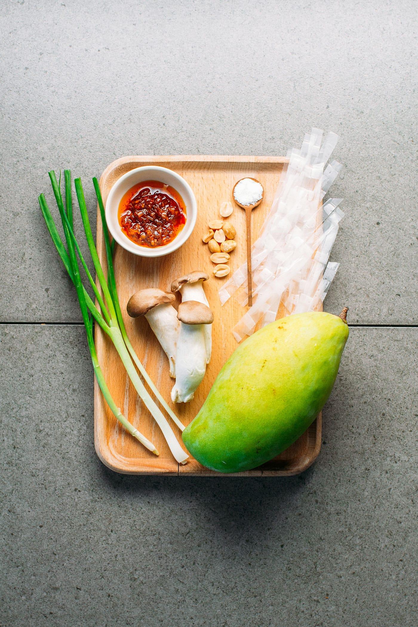 Satay Rice Paper Salad