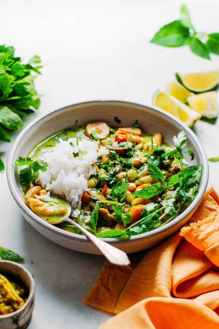 Instant Pot White Beans Green Curry