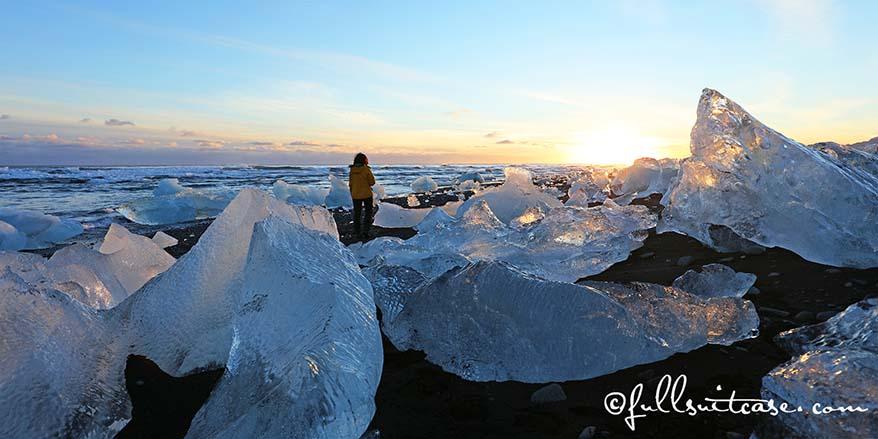 JÖKULSÁRLÓN beach Iceland spectacular winter landscape best photos
