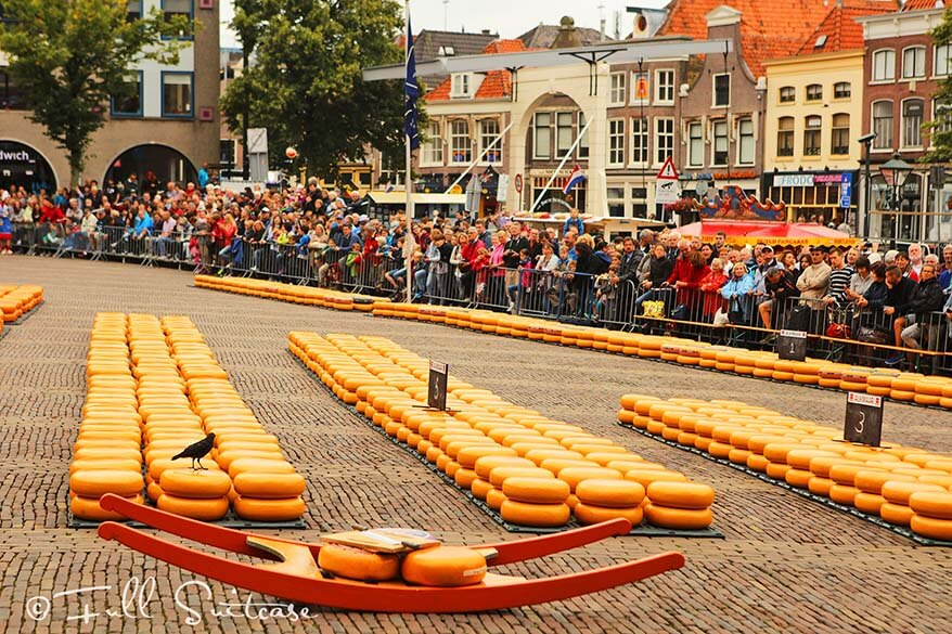 Waagplein Alkmaar Cheese Market is about to begin