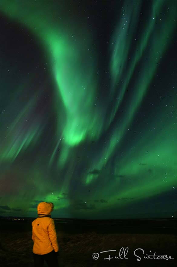 Watching and photographing Northern Lights in Iceland
