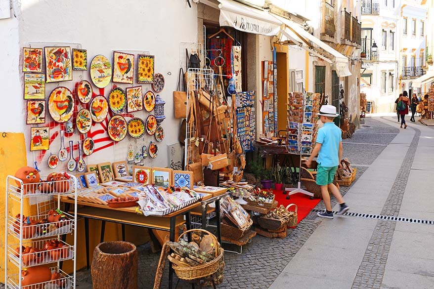 Buying souvenirs in Portugal
