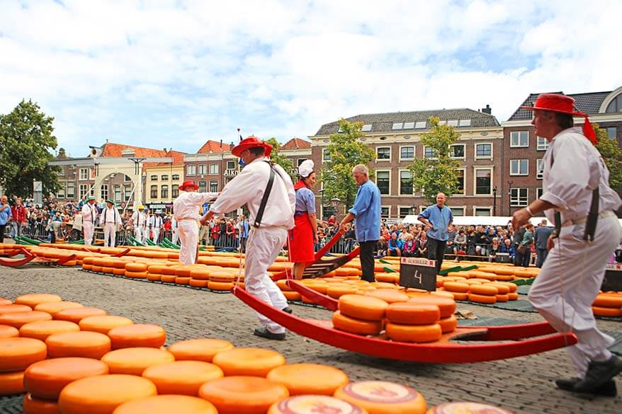 One of the best summertime day trips from Amsterdam is to visit Alkmaar cheese market