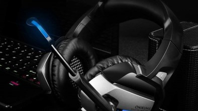 Onikuma K5 Gaming Headset in black and blue with silver panels