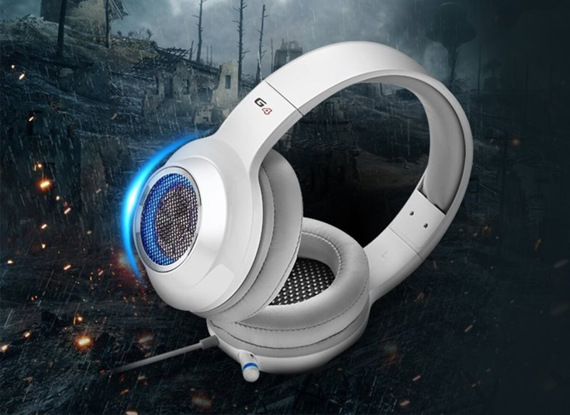 Edifier V4 in White/Blue on a battlefield background