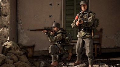 Battalion 1944 screenshot of two soldiers