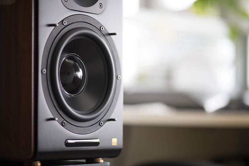 Edifier S3000 Pro close up