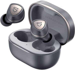 SoundPEATS Sonic wireless earbuds and case