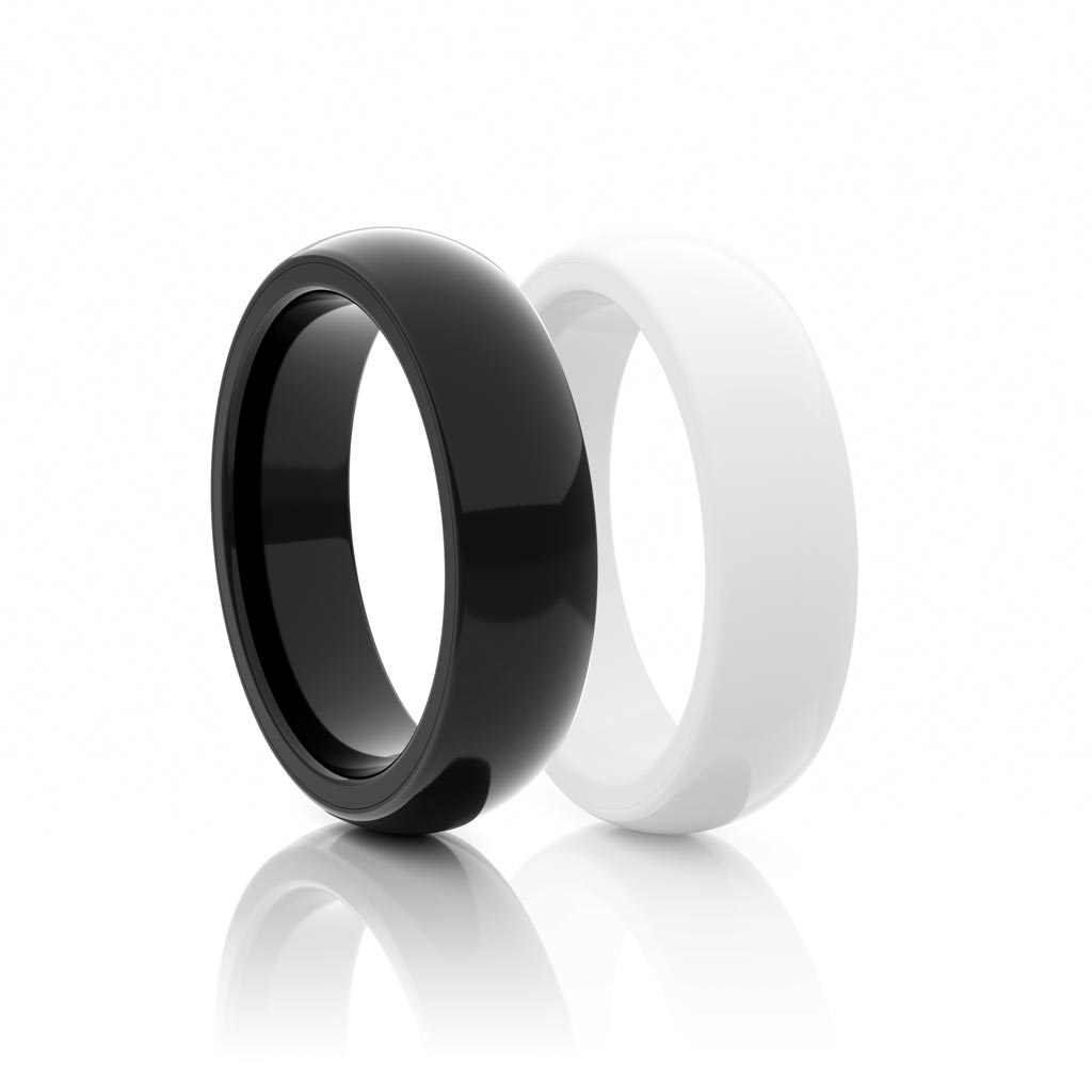 Smart jewelry Rings in black and white