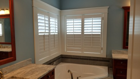 shutters-over-tub