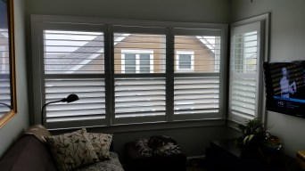 shutters-with-hidden-tilt-bar
