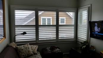 shutters-with-hidden-tilt-bar