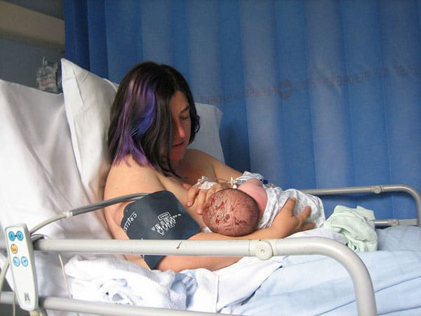 breastfeeding immediately after birth