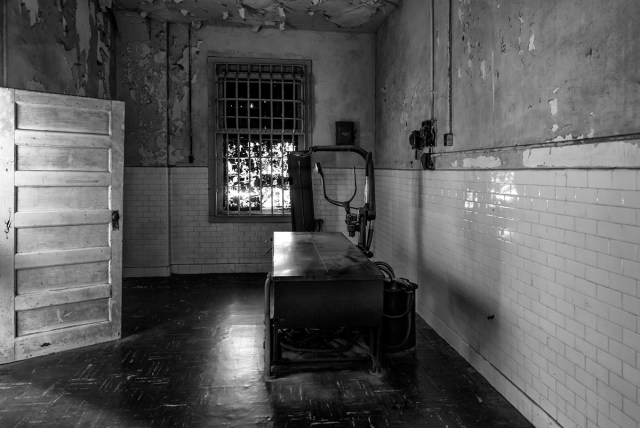 black and white photograph of the old X-Ray equipment at Alcatraz