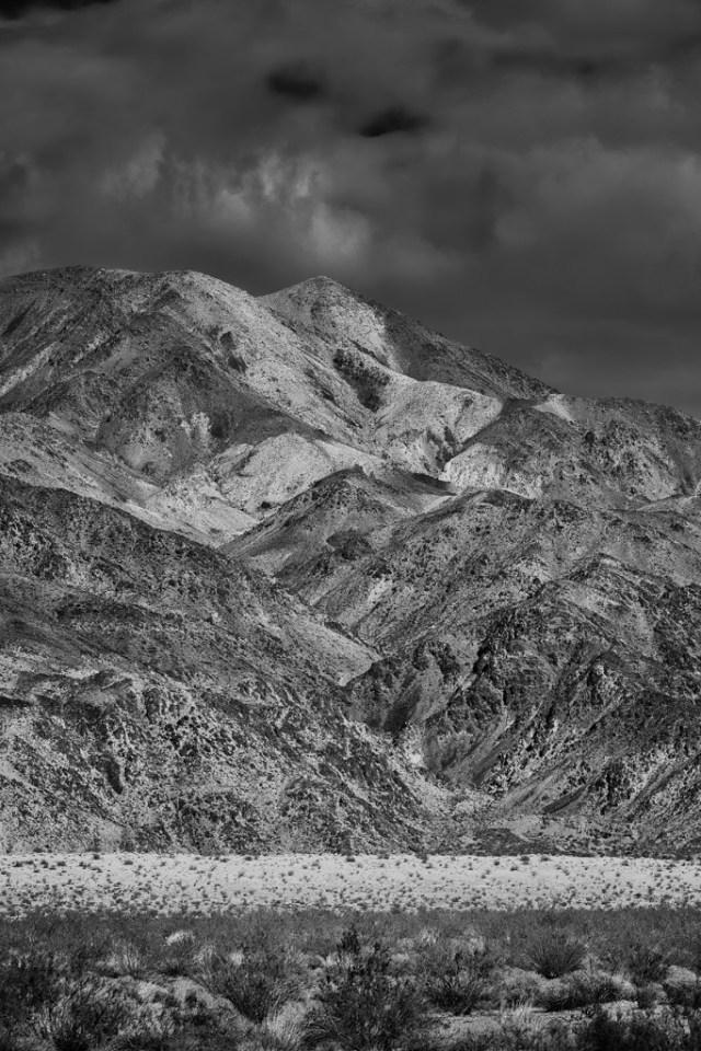 Desert Mountain Landscapes in Joshua Tree NP