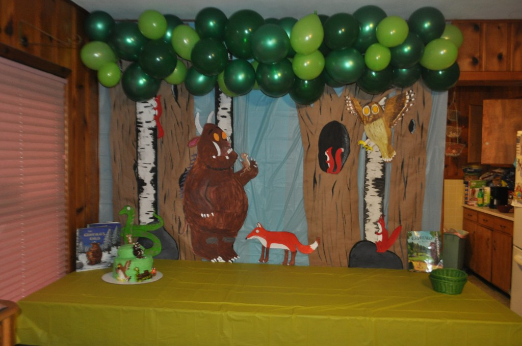 The Gruffalo themed birthday party backdrop from the book and movie
