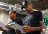 Bucks, George Hill e Sterling Brown discursam após o boicote ao jogo 5