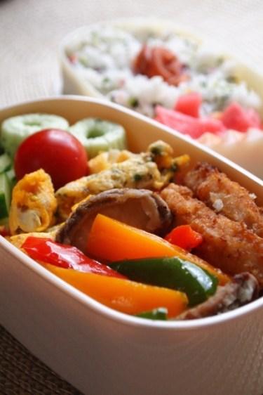 お弁当のおかずで汁漏れを防ぐアイテムや水分を取る食品やレシピは?