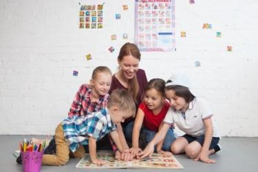 共働きでも習い事は可能!保育園中抜けで、1歳から英語環境を作った我が家の事例
