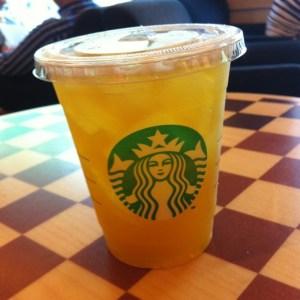 peach-green-tea-lemonade