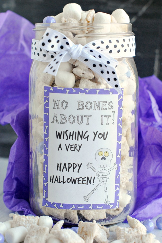 Skeleton Muddy Buddies Gift