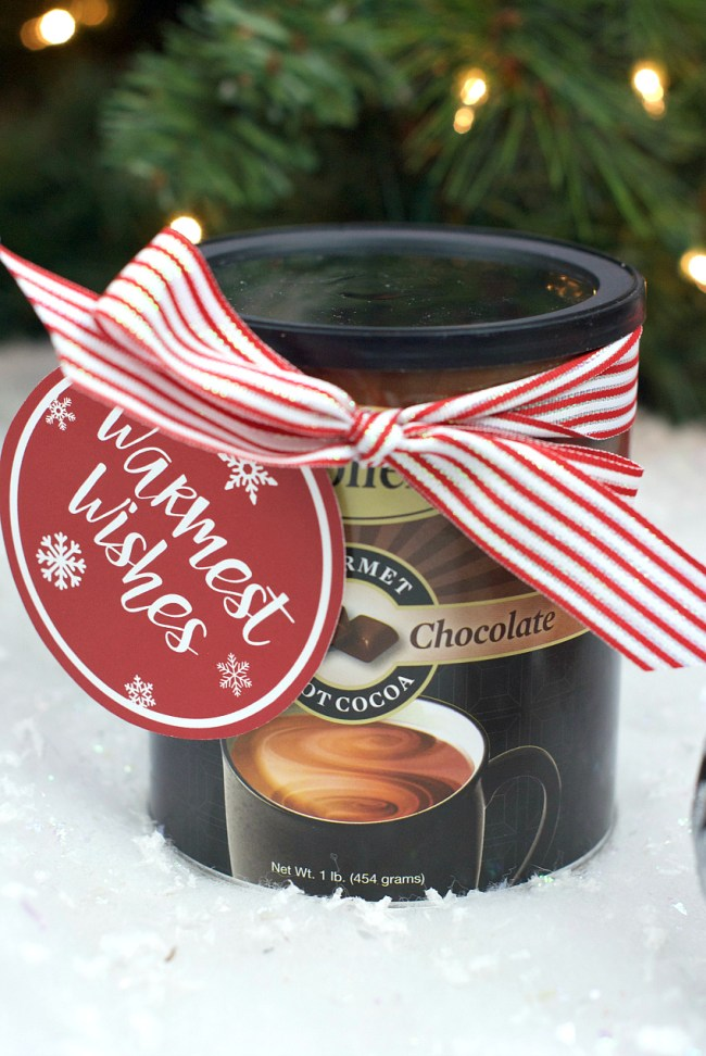 Easy Neighbor Hot Chocolate Gift Idea for Christmas