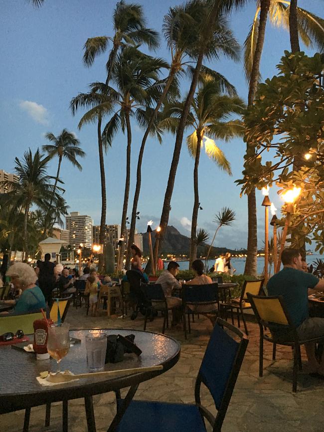 Places to Eat in Waikiki