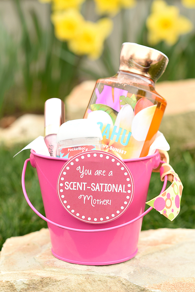 """Mother's Day Gift Idea-Fill a basket with Bath and Body products and then add this cute """"You are a Scentsational Mother"""" tag to it and you've got a great gift for mom! #mothersday #gifts #giftsformom #mothersdaygifts"""