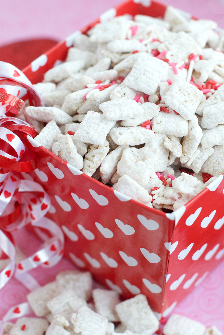 Cherry Chip Muddy Buddies Recipe